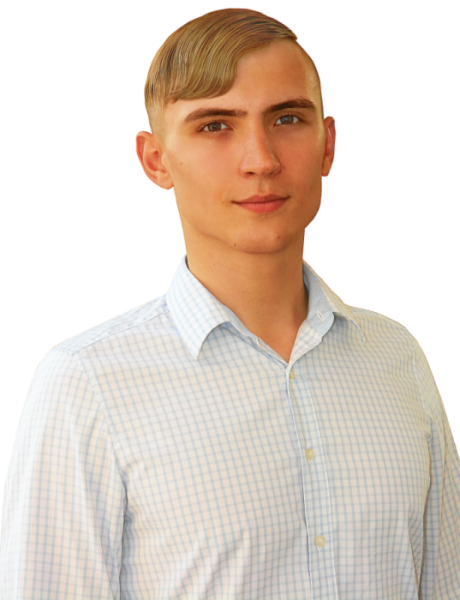 Менеджер магазина Никита Колганов